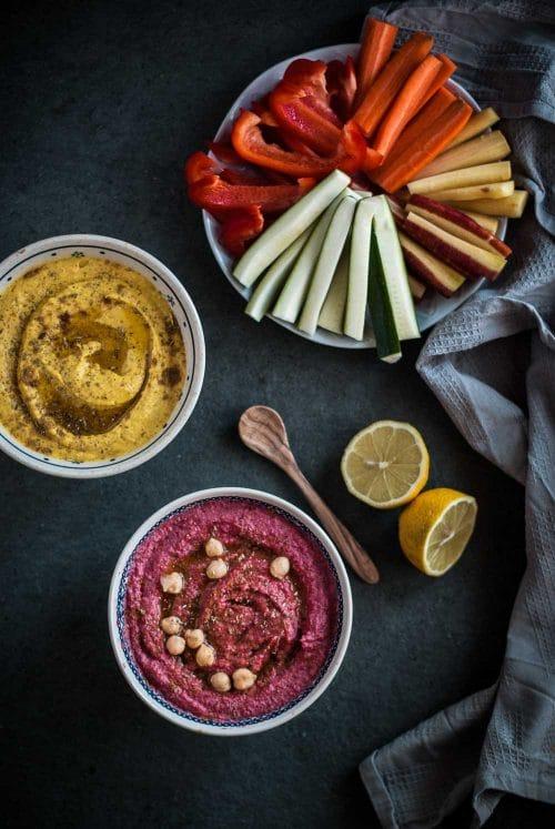 Zweierlei Hummus mit Roter Beete und Kurkuma